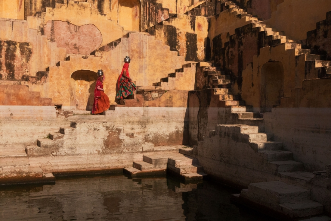 Women at the Stepwell